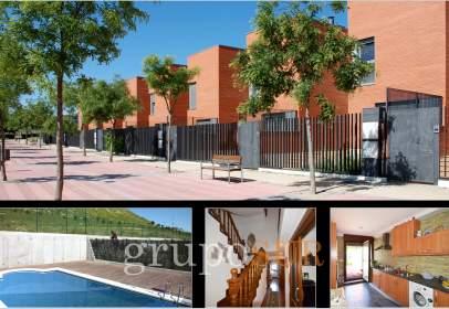 Chalet en calle Urbanización Villa del Prado, nº 1
