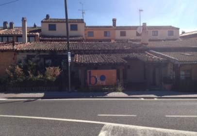 Local comercial a Carretera Soria