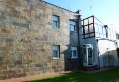 Casa a calle Valle del Arlanzón
