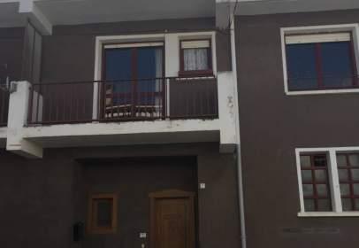 Casa unifamiliar en calle Turtumendia