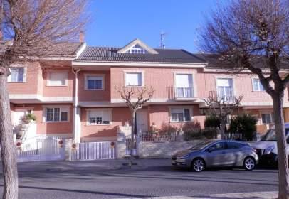 Casa a calle Pau Casals