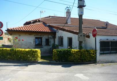 Casa rústica a Barrio de Zamarripa