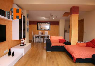 Penthouse in calle Camilo José Cela, 2