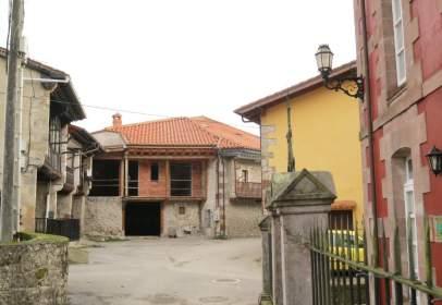Casa adosada en Barrio de la Virgen, 44