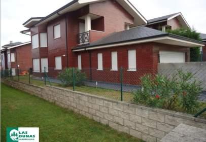 Casa unifamiliar en calle Liencres