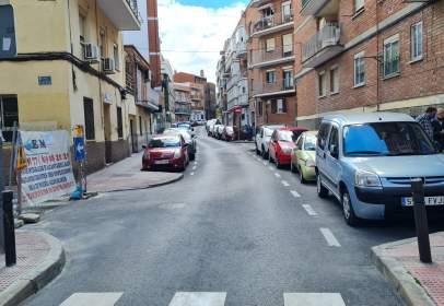 Estudio en calle de la Duquesa de Tamames, cerca de Calle del Girasol