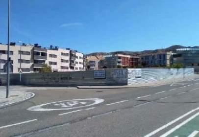 Promoción de tipologias Vivienda Garaje en venta CADRETE Zaragoza