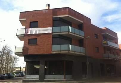 Garatge a  Freixeneda,  1-3