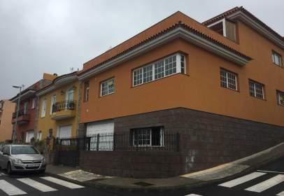 Piso en calle Liborio Luis