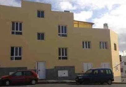 Garatge a  Pinta,  1