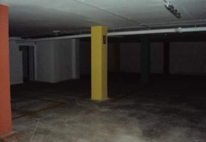 Garatge a  Els Serrans,  59-61