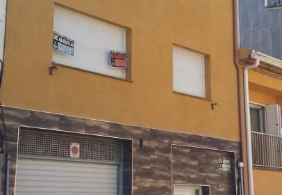 Promoción de tipologias Vivienda en venta LLAGOSTERA Girona