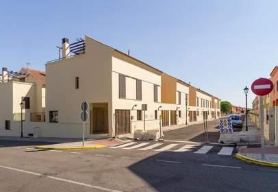 House in  Alejandro Malaspina,  40
