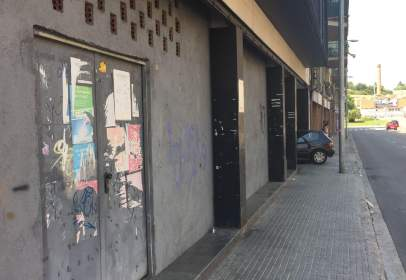 Promoción de tipologias Local Garaje Trastero en venta TERRASSA Barcelona