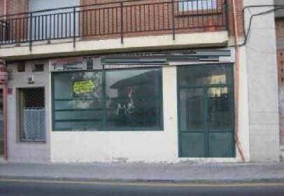 Local comercial a  Madrid,  11