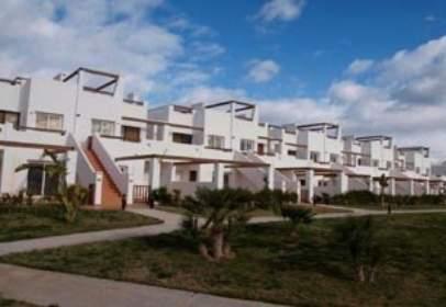 Pis a Urbanización Condado de Alhama Golf Resort