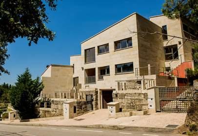 Chalet en calle Ciudad Herbello,  100