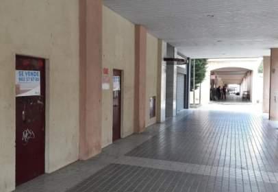Local comercial en calle de los Arrayanes, 6