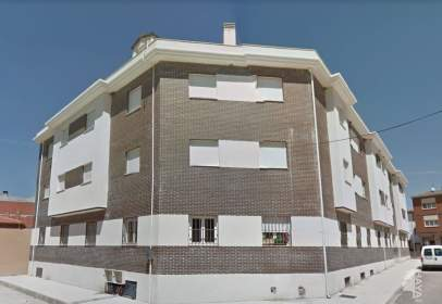 Flat in calle de Antonio Machado, 17