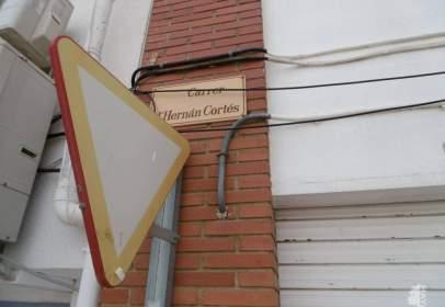 Piso en Carrer d'Hernán Cortés,  2-4