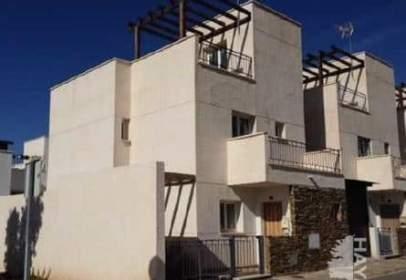Casa unifamiliar en calle de Teodoro Vives,  25