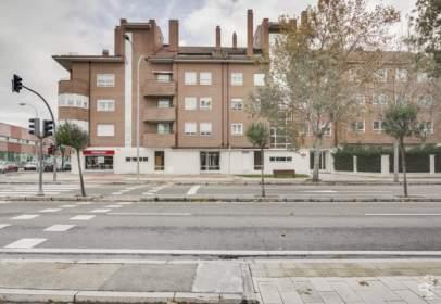 Flat in Carretera a Rueda, 135